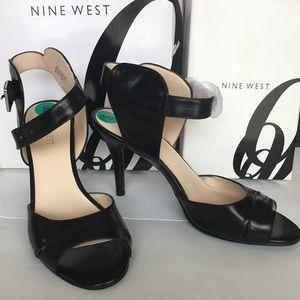 Nine West Adalina black sandals New in box 8